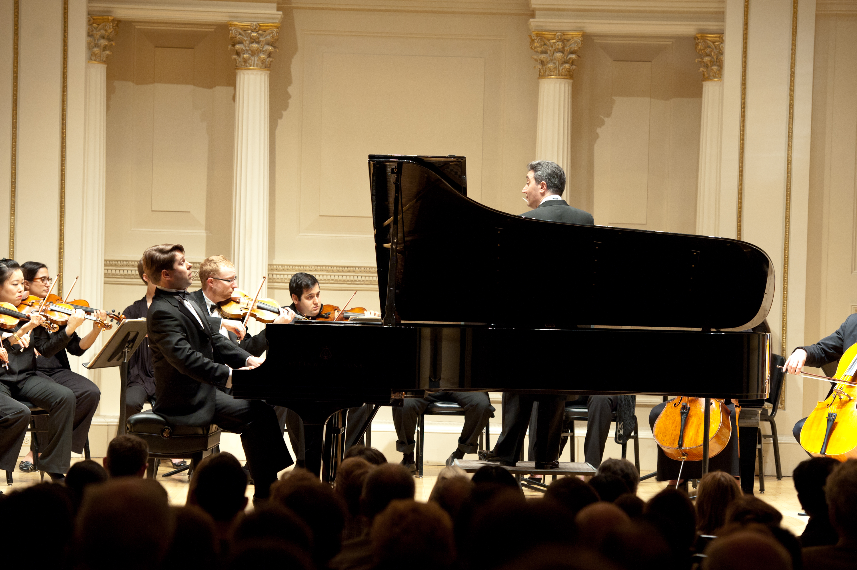 Chamber orchestra of new york victor cayres de mendonca for Chambre orchestra